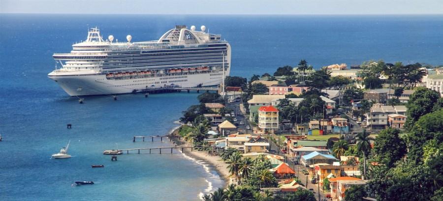 Оформление страхового полиса для поездки в Доминику