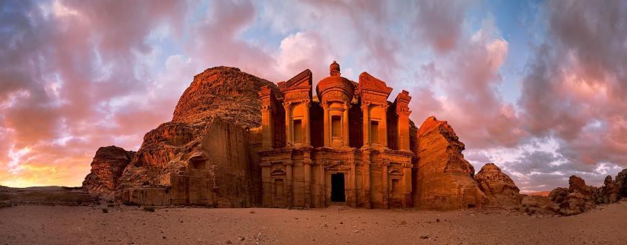 Оформление страхового полиса для поездки в Иорданию